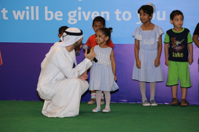 Amor Economic News Visitors to the Ras Al Khaimah Trade Center are pleased to distribute Eid Al Fitr
